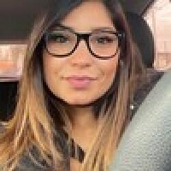 Agatha taróloga/terapeuta holística